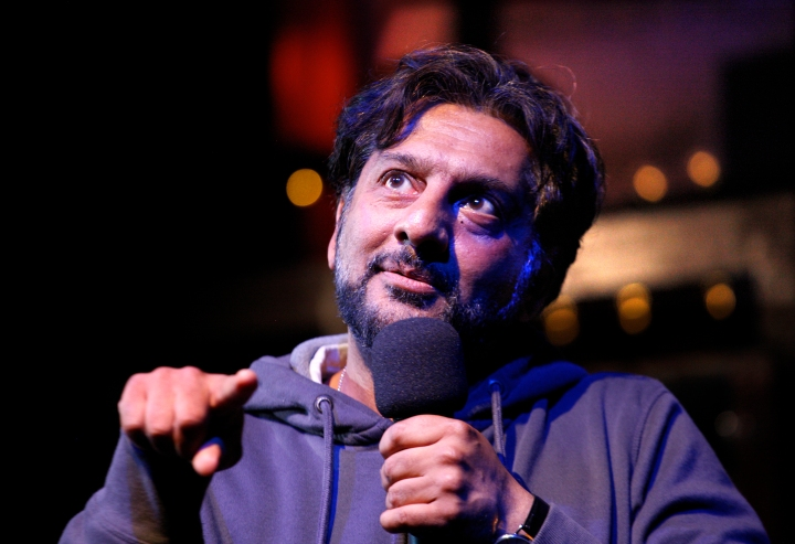Nitin Ganatra in End of the Pier at Park Theatre. Photo by Simon Annand 0403