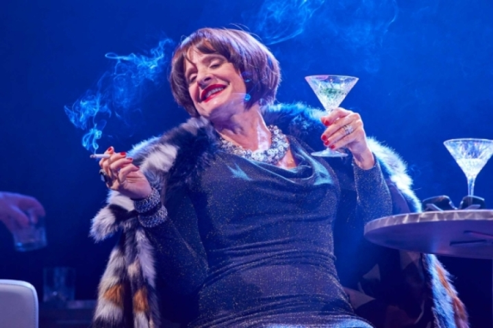 patti-lupone-joanne-in-company-130005