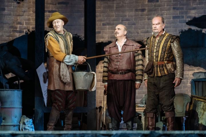 Nicholas Lyndhurst, Peter Polycarpou, Kelsey Grammer in Man of La Mancha