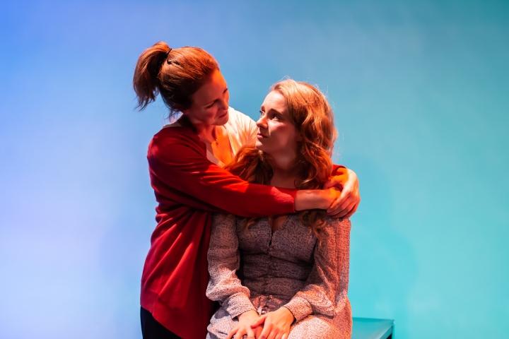 Marianne Oldham (Robyn), Jessica Hardwick (Helen). Credit Lidia Crisafulli.